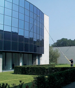 Commercial window cleaning with a wfp